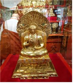 초이진 라마 사원 박물관에서 만나보는 자나바자르 상