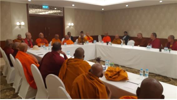 인도불교부흥을 위한 논의를 하고 있는 10개국 불교대표들이 웰컴 호텔에서 회의를 갖고 있다.
